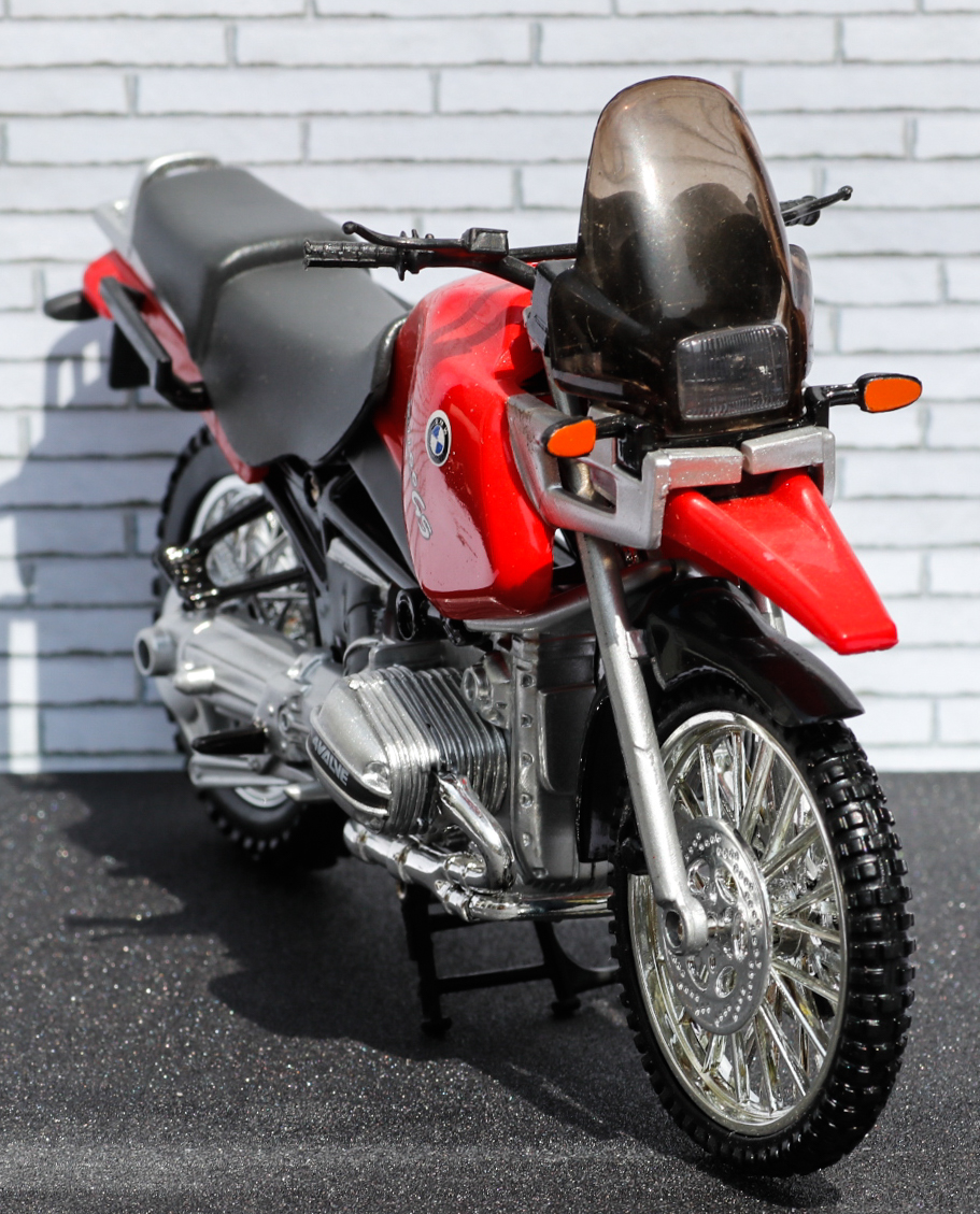 New Ray 1-12 BMW R1100GS